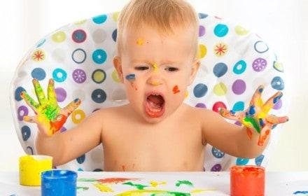 Doctor Dina Health Advice for Kids - Doctor Dina Health Advice for Kids - Handedness in Babies
