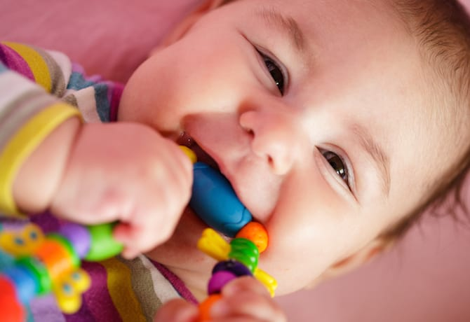 Teething Pain – Do Teething Necklaces, Teething Tablets and Teething Pain Medication Work?