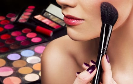 Doctor Dina Health Advice for Kids - how to wash makeup brushes