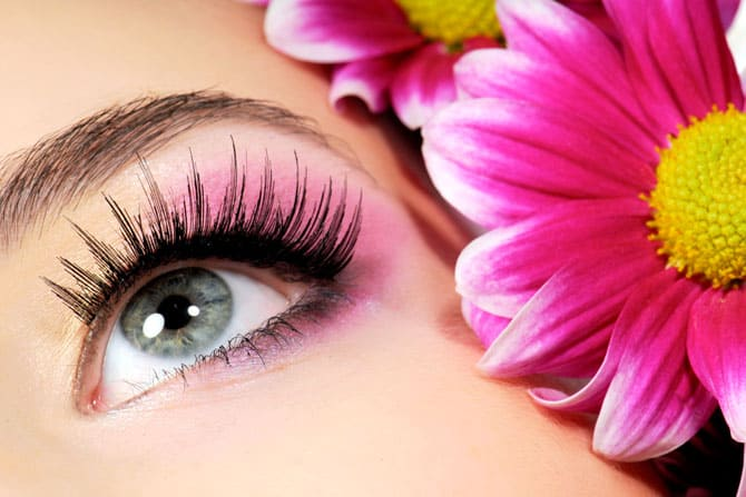 Symptoms Of Pink Eye? Beauty Tips to Remember