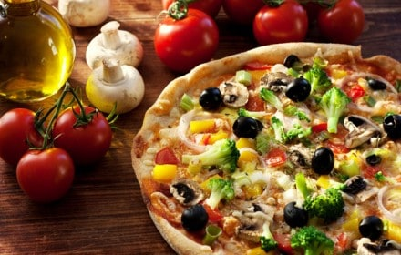 Doctor Dina Health Advice for Kids - what to cook for dinner - Cauliflower Crust Pizza