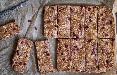 Nut-free No Bake Chewy Granola Bars