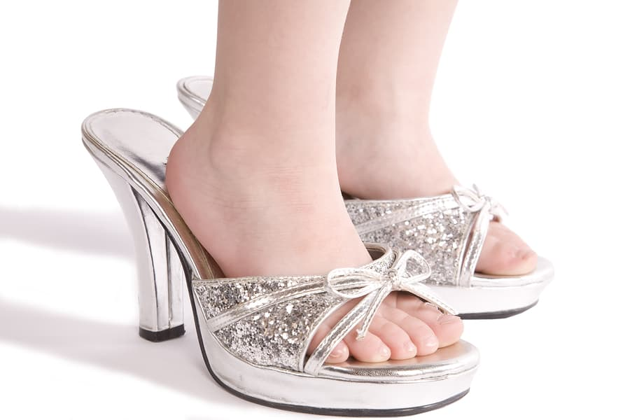 How High Heels Can Bring Your Little Girl Lifelong Harm