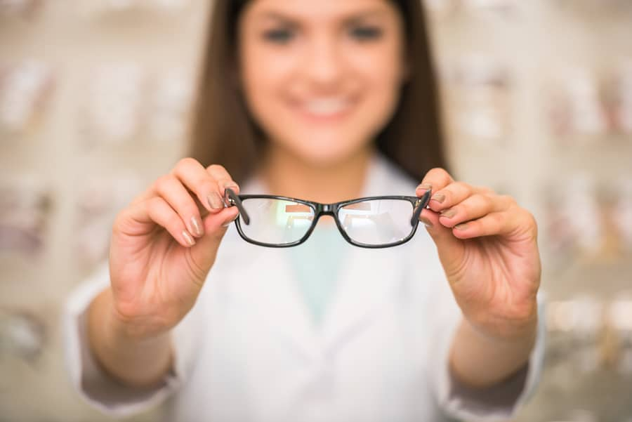 Why All Kids Should Visit a Doctor of Optometry Before Starting School