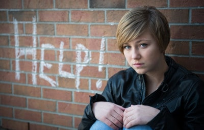 7 Tips to Curb Anxiety in Children and Teens