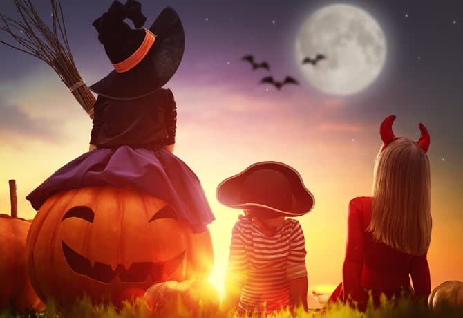 Talking to Your Kids About Strangers and Staying Safe on Halloween