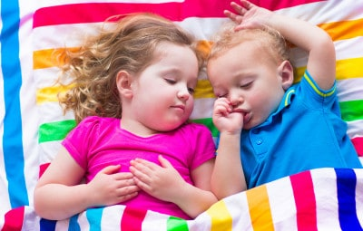 Jennifer Kelner, Certified Child Sleep Consultant, has some handy tips on helping ALL of the family adjust to the end of Daylight Saving Time this weekend.