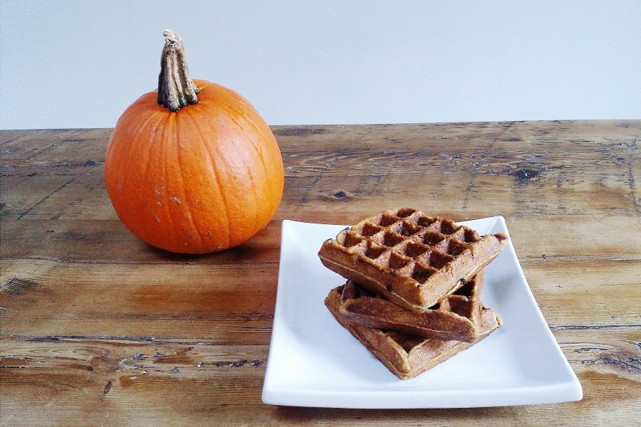 Make Ahead Pumpkin Freezer Waffles