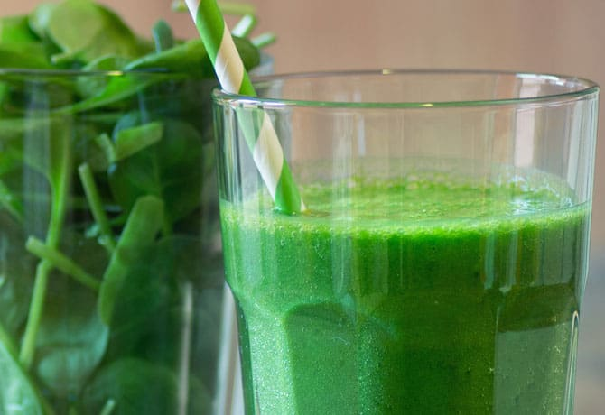 Veggies AND Dessert for Breakfast? Try This Delicious Smoothie and Have Both!