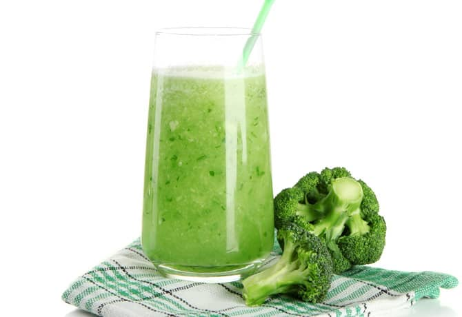 DrDina-Kids-Health-brocoli-smoothie1
